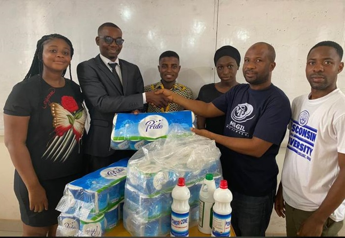 ALBERT AGOABEY DONATES TO WIUC-GHANA